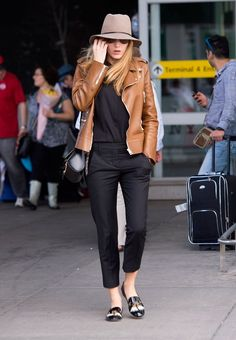 These stars know that a solid airport look starts from the bottom.