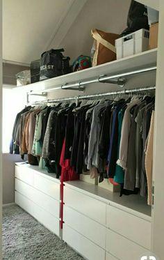 New room closet organization home ideas Attic Closet, Master Bedroom Closet, Diy Wardrobe, Wardrobe Design, Wardrobe Wall, Wardrobe Ideas, Capsule Wardrobe, Wardrobe Organisation, Closet Organization