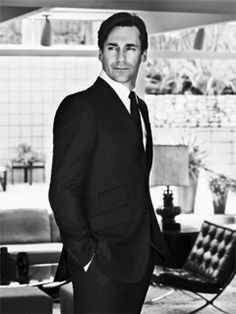 I don't DO the celebrity thing, but in this case I'll make an exception. GOD, how can someone be THAT hot.....!?!