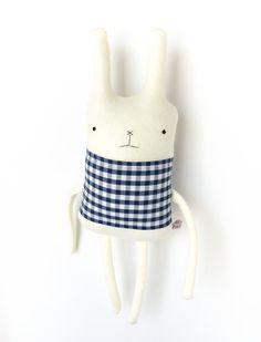 Plush Bunny Friend  Finkelstein's Center Handmade por finkelsteins