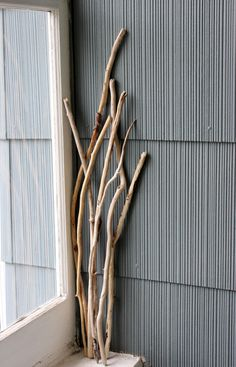 Green Living Home Decor , 7 Natural Long Driftwood Branches for Beach Room Decoration , Vase Filler EFL7 by ElaLakeDesign on Etsy $12.00 #driftwoodbranches #driftwood #ecofriendlydecor #beachwedding #naturalhomedecor