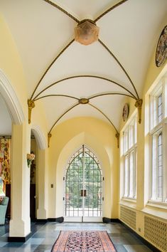 Glenridge Hall Documentation Project : Jeff Herr Photography located in Atlanta Georgia specializing in architectural, editorial, location, travel, food and gardens since Salvatore Boarding House, Vampire House, Mansion Interior, Ceiling Treatments, Tudor House, Tudor Style, House In The Woods, Historic Homes, Architecture Details