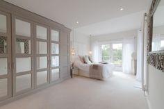 Mirrored Wardrobe Doors, Bedroom Built In Wardrobe, Sliding Wardrobe Doors, Bedroom Color Schemes, Bedroom Colors, Home Decor Bedroom, Bedroom Wall, Bedroom Ideas, Ideas