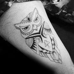 Mens Thigh Geometric Owl Tattoos