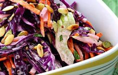 Salate Archives - Page 5 of 35 - Bucatarul Top Salad Recipe, Russian Salad Recipe, Russian Potato Salad, Great Salad Recipes, Russian Recipes, Spanish Potatoes, International Recipes, Vegan Recipes, Food And Drink