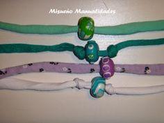 Pulseras sencillas de trapillo con una sola cuenta de Fimo tipo bead.  www.misuenyo.com / www.misuenyo.es
