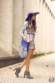 http://fashioncoolture.com.br/2014/02/16/look-du-jour-between-days/