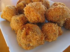 I do love deep fried mushrooms ever so much (thank you Chicago Style!), so I'll try this but maybe add some oregano or garlic power. Make with a garlic dill dip or marinara sauce.   # Pinterest++ for iPad #