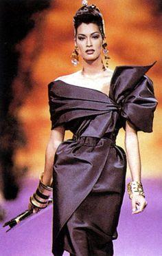 Yasmeen Ghauri - Christian Lacroix F/W 1992 - scan by #lexeecouture