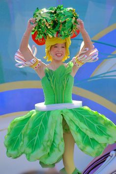 Fruit Costumes, Carnival Costumes, Diy Costumes, Halloween Costumes, Popeye Costume, Vegetable Costumes, Kids Costumes Girls, Crepe Paper Flowers, Fall Halloween
