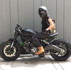 Ducati Scrambler by Zeus Custom Thailand Moto Cafe, Cafe Bike, Cafe Racer Bikes, Ducati Scrambler, Bobber Custom, Custom Bikes, Biker Chick, Biker Girl, Zeus Custom