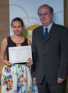 Remise des prix par Jean-Jacques Jarrige, Président de la Société géologique de France - Photo SAAMD2