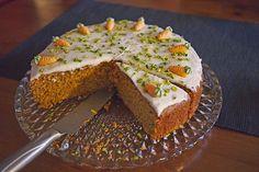 Rübli Torte, ein sehr leckeres Rezept aus der Kategorie Kuchen. Bewertungen: 127. Durchschnitt: Ø 4,4.