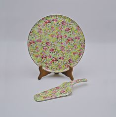 1950's Portland Pottery Chintz Cake Plate And Server, Ridgway Potteries Vintage Plates, Vintage Wood, Yellow Background, Cake Plates, Pink Flowers, Portland, Glass Art, 1950s, Carving