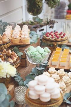 [tps_header][/tps_header] Wedding Catering Trends: Top 8 Wedding Dessert Bar Ideas One of the hottest trends right now – small personalized desserts! Candybar Wedding, Dessert Bar Wedding, Wedding Sweets, Wedding Cakes, Wedding Foods, Cookie Table Wedding, Bridal Shower Desserts, Buffet Dessert, Candy Buffet