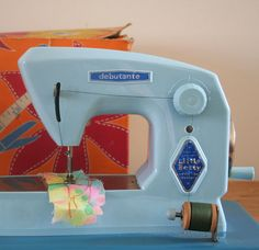 1960's Little Betty Toy Sewing Machine...back when a sewing machines could be a toy.