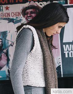 Book Beginners Easy Knits 6 Autumn / Winter | 30: Woman Sweater | Off-white Fall Winter, Autumn, Garter Stitch, Stockinette, Yarn Needle, Neck Warmer, Easy Crochet, Knitting Patterns, Sweaters For Women