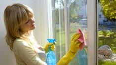 Curățenia de vară cu bicarbonat de sodiu. Ingredientul minune, ieftin, care îți lasă casa lună