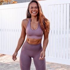 Waist Workout, Workout Wear, Workout Attire, Workout Outfits, Fitness Wear Women, Purple Suits, Green Suit, Sporty Outfits, Yoga Outfits