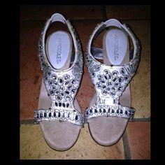 Aerosoles 5.5 Jeweled Heel Aerosole Brand size 5.5 jeweled heel. Used once for a party. AEROSOLES Shoes
