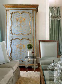 Antique, modern /Interior design by Rodney Villarreal.