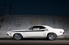 1970 Dodge Challenger - Kindig It Design