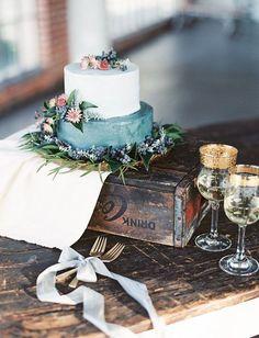 Modern Organic Wedding Inspiration | Green Wedding Shoes Wedding Blog | Wedding Trends for Stylish + Creative Brides