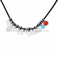 collar con letra mama de plateado en acero para mujer-SSNEG163003