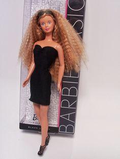 Tutorial: how to make Barbie a LBD (little black dress.)
