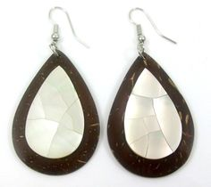 Elegant Mother- Of-Pearl Coconut Shell Earrings ; Ga020