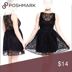 American Apparel Lace Dress Like new, worn once. Does not come with slip that is featured in the image. American Apparel Dresses Midi