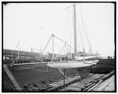 """""""Reliance"""" in dry dock at Erie Basin, Aug. 17, 1903"""