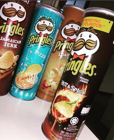 Pringle Flavors, Potato Crisps, Weird Food, Tortilla Chips, Junk Food, Spicy, Bae, Addiction, Cancer
