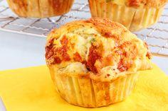 Muffin déjeuner au jambon et poivron rouge! 140 calories / 13 g glucides / 10 g protéines / 5 g lipides / 1 g fibres