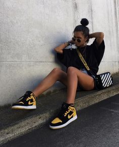 59 Fancy high heels to get inspired - Skater mädchen - Shoes Moda Streetwear, Streetwear Fashion, Girl Streetwear, Streetwear Summer, Streetwear Shoes, Mode Outfits, Fashion Outfits, Fashion Trends, Fashion Fashion