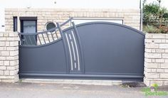 Home Gate Design, Exterior Wall Design, Steel Gate Design, Grill Door Design, Iron Gate Design, Metal Driveway Gates, Metal Gates, Iron Gates, Iron Doors