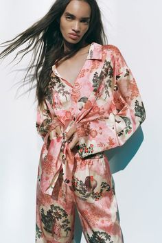 Printed Pants, Printed Shirts, Silk Bralette, Zara, Eyelet Shorts, Striped Pyjamas, Silk Floral Dress, Sheer Shirt, Color Rosa