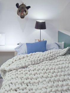 I want this extra large chunky wool blanket