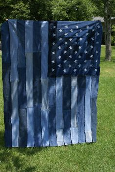 Hooray! I did it! Denim / Jean rag flag quilt