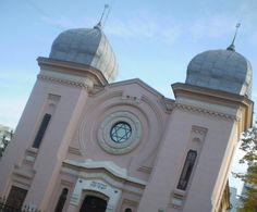 Sinagoga Beth Israel, din Ploiesti - Pelerinaje - Femeia Stie.ro Beth Israel, Taj Mahal, History, Architecture, History Books, Historia, Architecture Illustrations