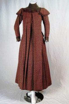 Maternity day dress 1880s-90.jpg