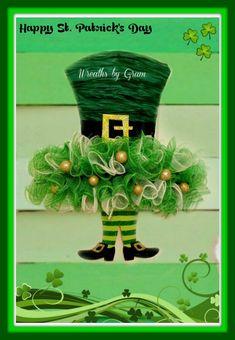 St Patricks Day Wreath; Leprechaun Wreath; Irish Wreath; Spring Wreath; Wreaths for Front Door; Door Hanger; Wall Decor; Handmade; Gift Ideas; St Patricks Day Decor; St Pattys Day; St Patricks Day decorations; St Patricks Day Ideas   #shamrock #leprechaun #irish #clover #stpats #stpattysday #stpatricksday #stpatricksdaydecor #luckoftheirish #stpatricksdaywreath #wreaths #happystpatricksday #giftideas #doorhanger #walldecor #etsy #homedecor #wreathsforfrontdoor