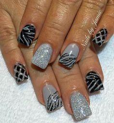 ♡♡ Nail Manicure, Gel Nail Polish, Diy Nails, Cheetah Nail Art, August Nails, Pretty Nail Art, Gel Nail Designs, Rhinestone Nails, Fabulous Nails