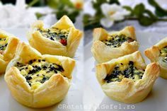 cosulete aperitiv din foietaj Party Canapes, Cooking Time, Cooking Recipes, Spanakopita, Cheesecakes, Foodies, Deserts, Health Fitness, Food And Drink