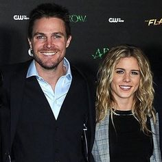 Emily Bett Rickards and Stephen Amell ♥