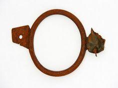 "CONTEXT Gallery, Toni Martí, pendant-object ""Manilles I"""