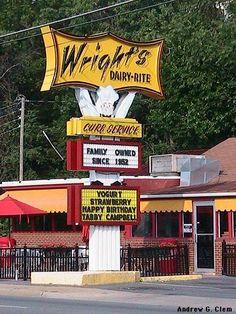 Wright's Dairy Rite | Staunton, VA.  Our favorite milk shakes coming right up.