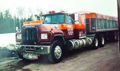 Old Mack Trucks, Vintage Models, Vintage Trucks, Semi Trucks, Rigs, Trailers, Old School, Badass, Classic