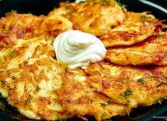 Rozmýšlate, čo pripraviť na Silvestra pre vašich hostí? Zabudnite na obložené chlebíčky a pripravte im niečo originálne. S týmito nápadmi im vyčaríte úsmev, pretože tieto misy nie lenže... Slovak Recipes, Czech Recipes, Hungarian Recipes, Ethnic Recipes, Potato Dishes, Potato Recipes, Healthy Diet Recipes, Cooking Recipes, Homemade Sour Cream