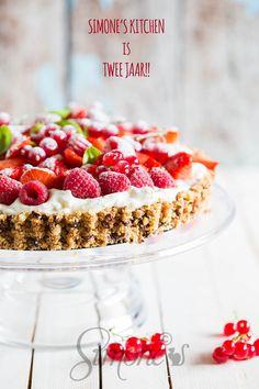 Aardbeien room taart met cantuccini koekjes   simoneskitchen.nl